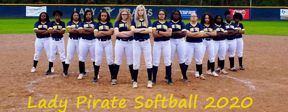 2019 Lady Pirates Softball Team Photo